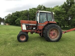 1086 tractor