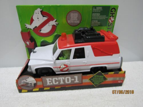 Ghostbusters Ecto 1 with Exclusive Ecto Mini Figure Glows in the Dark New