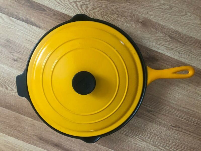 """Le Creuset #30 12"""" Cast Iron Enameled Skillet, with cover yellow"""