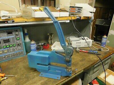 Roper Whitney Sheet Metal Punch Capacity 5 Ton Soft Steel 10-14 Throat Depth