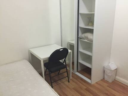 STANMORE FURNISHED ROOM CLOSE TO CITY AND SYDNEY UNI