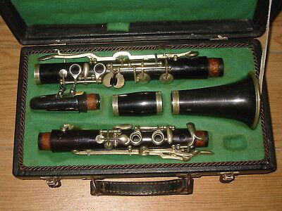 Gebrauchte Bb Klarinette von Amati