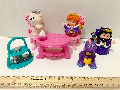 Fisher Price Little People King Queen Dragon Cat Royal Thrown Table Chairs Lot