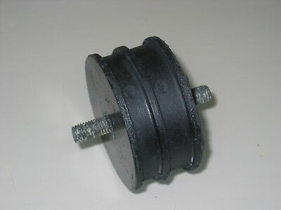 Rover 3500 / 3500S  1974 - 1977 -  P6 V8 ENGINE MOUNTING RUBBER   for sale  Shipping to Ireland