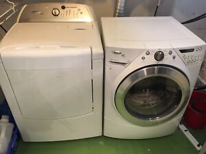 WHIRLPOOL DUET STEAM WASHER & DRYER