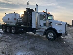 2014 Kenworth T-800 tri drive 11 mill heating unit