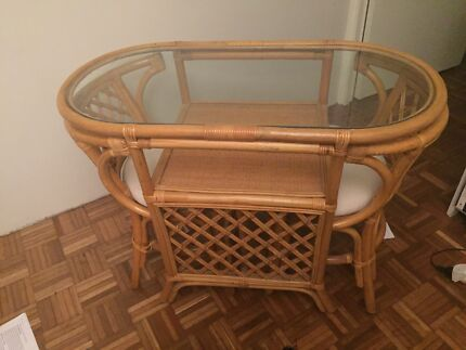 Adorable cane breakfast nook table and chairs Dulwich Hill Marrickville Area Preview