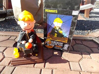 Halloween Gemmy 1998 Schroder Playing Piano Animated Figure IN - Halloween Piano