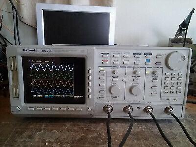 Tektronix Tds754c 500mhz 2gsas Oscilloscope Woptions 13 1f 1m 2f