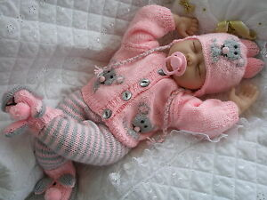 BABY DOLLS KNITTING PATTERN MOUSE CARDIGAN SET FOR 16