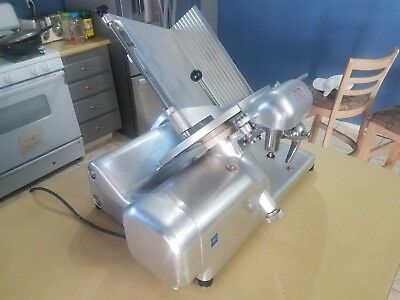 Commercial Deli Slicer