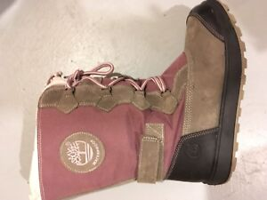 Kids snow boots size 5