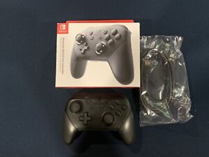 Manette Switch Pro (bouton ZL brisé voir photo)
