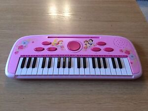 Disney princess pink electric keyboard