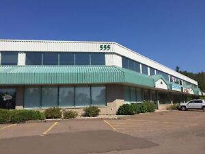 555 Edinburgh Dr. Suite 8 For Lease - move-in ready!