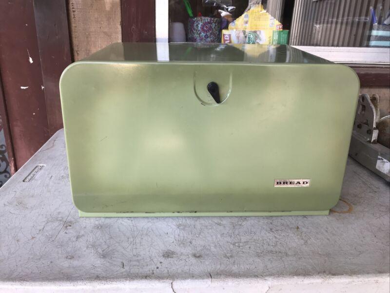Vintage Pantry Queen Bread Box
