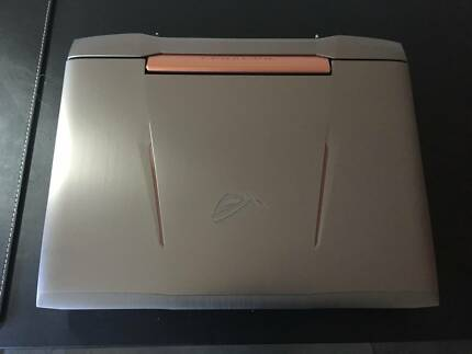 Gaming Laptop ASUS G752VS + Mech keyboard + Gaming mouse All MIMT
