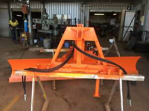 3PL extra H.D 10 foot challenger 1150 fully hyd. rear grader blade[58] Wamuran Caboolture Area Preview