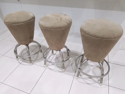 3x Leather suede bench stools