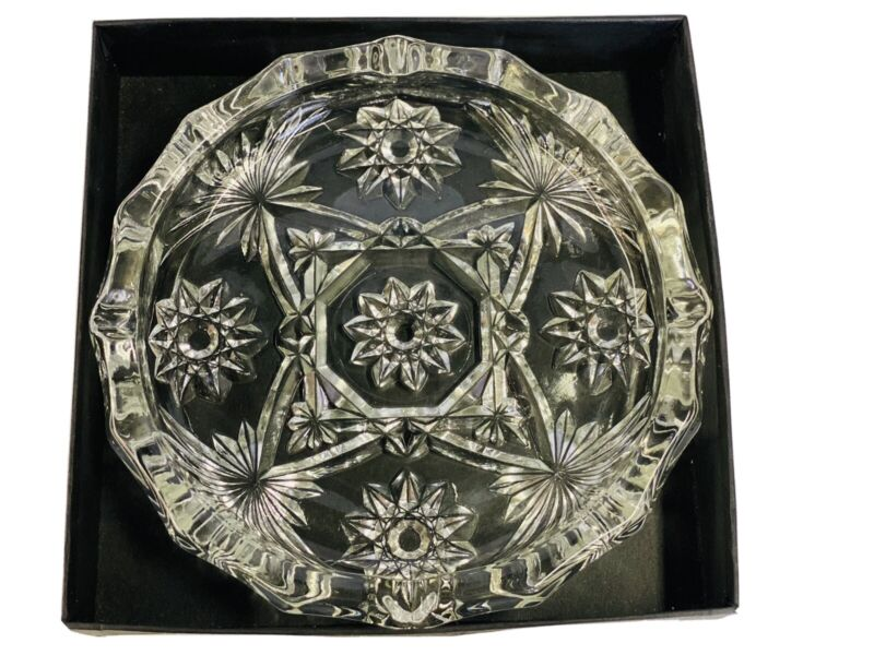 Anchor Hocking Early American Press Cut Star Crystal Ashtray #718 - 1/12 S4 EUC