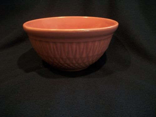 "VIntage Pottery Diamond Pattern Mixing Bowl Serving Bowl 8.75"" Pink/Rose Color"