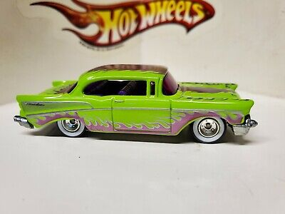 HOT WHEELS VHTF GARAGE CHASE W/INITIALS GREEN-PURPLE '57 CHEVY REAL RIDERS!