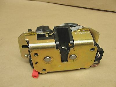 Dodge Caravan Chysler Town Country rear tailgate LOCK ACTUATOR latch 01-07 OEM