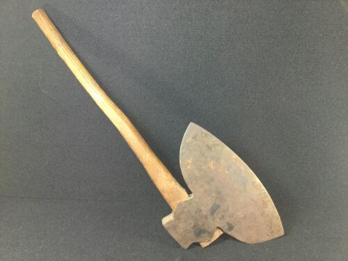 VINTAGE PRIMITIVE BATTLE AX VIKING TOMAHAWK BROAD HEAD STEEL BLADE WOOD HANDLE