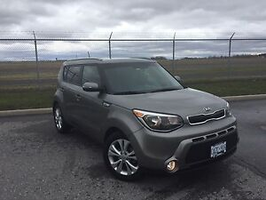 LIKE NEW 2015 Kia Soul - 13500 obo. W/Warranty !!!!