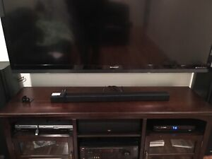 Samsung 300 Watt 2.1 soundbar to complement your 4KTV