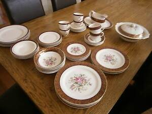 Barratt's of Staffordshire (Regency) 6 place dinner setting Brighton Bayside Area Preview