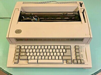 Ibm Personal Wheelwriter 6781 Typewriter Great Condition Prob Needs Ink Soon