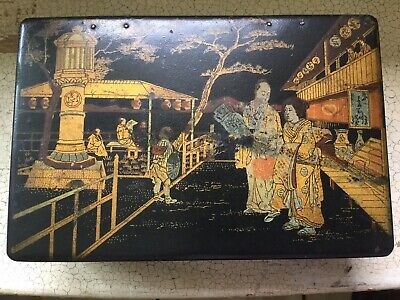 Antique Japanese lacquered paper mache chinoiserie box with oriental figures Chinoiserie-box