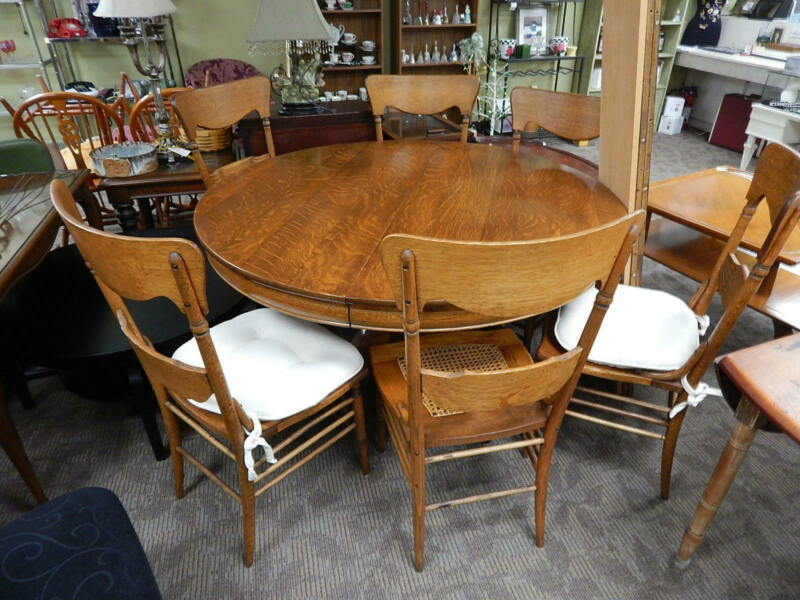 Antique Grand Rapids Claw Foot Oak Dining Room Pedestal Table 6 Chairs 2 Leafs