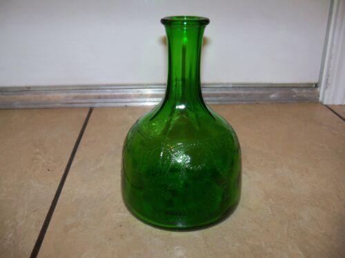 Vintage green White House Vinegar Cameo Ballerina