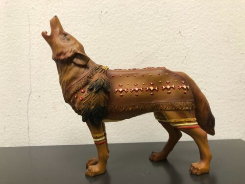 Call of the Wolf, Buckskin Wolf #14112, 2004 Westland Giftware Figurine
