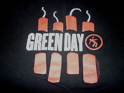 Green Day Shirt ( Used Size L ) Very Nice Condition!!!