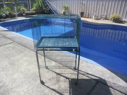 LARGE BIRDCAGE ON STAND WITH SHELF 3 DOORS SUIT RABBIT/BIRDS Grafton Clarence Valley Preview