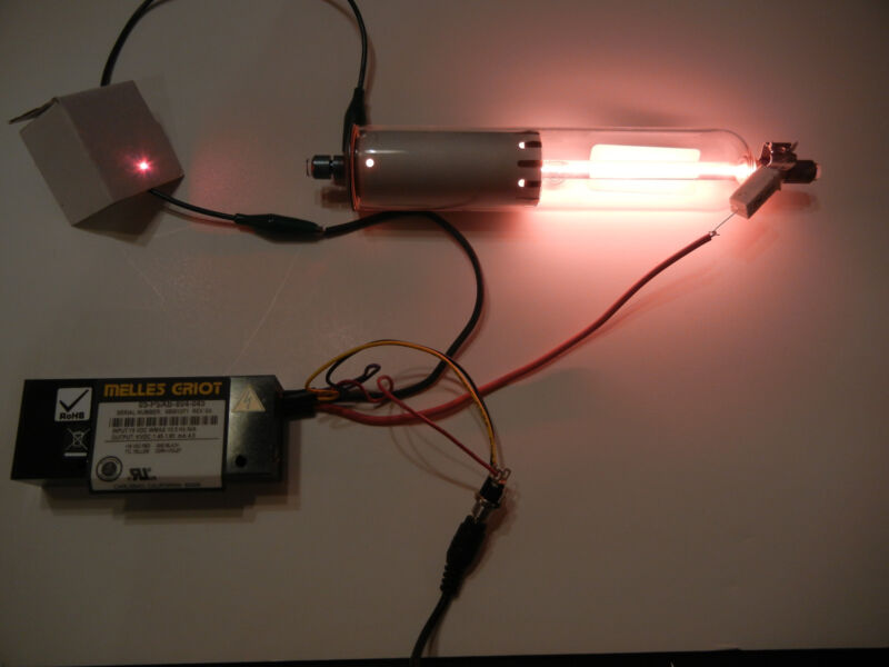 NEW 2 mW Red Melles Griot Helium-Neon Laser Kit with Power Supply He-Ne Tube