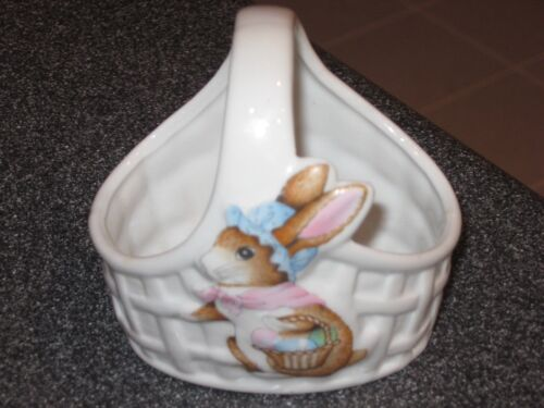 Easter Bunny Rabbit w/Lattice-Jelly Bean Basket Super Cute-Hard to Find-Awesome