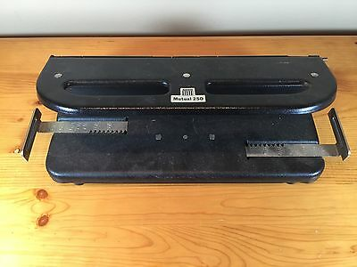 Vintage Acco Mutual 250 Adjustable 1 2 Or 3 Hole Paper Punch
