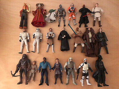 STAR WARS -BUNDLE OF 21 ACTION FIGURES - Used but Good Condition