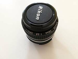 Nikon Nikkor 28mm f/2.8 AI + BW filter Browns Plains Logan Area Preview