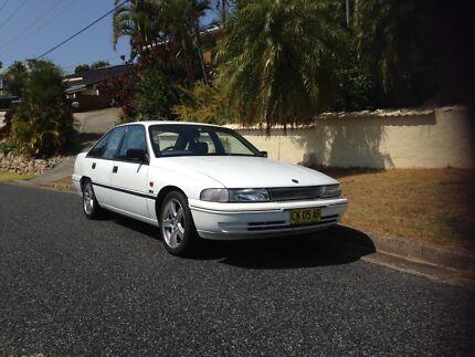 1992 Holden Commodore VP V8 Sedan