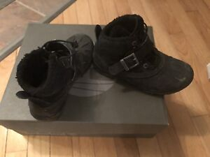 Boys size 1 Timberland Boots