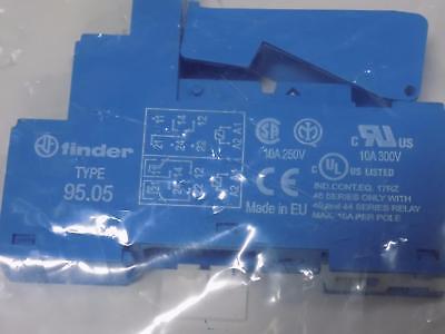 Finder Relay Base Socket 95.05