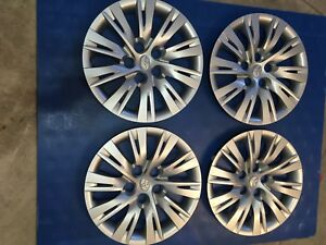 Toyota Camry 16' wheel cover