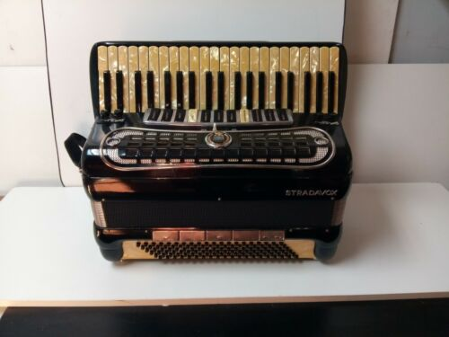 Vintage Stradavox 120/41 Full-Size Piano Accordion Made in Italy