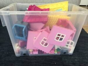 LEGO DUPLO Play house, furniture, figures and car