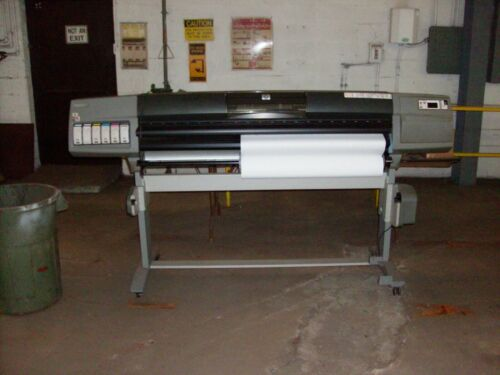 """HP DESIGN JET 5500PS 60"""" UV COLOR PRINTER/PLOTTERWITH TABLE AND ACCESSORIES"""